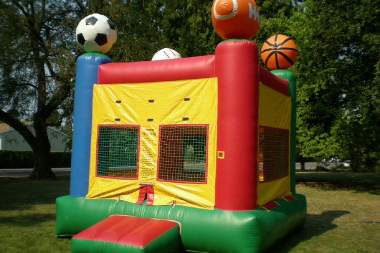 Sports Moonbounce
